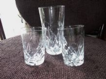 2 X ELEGANT DESIGN LEAD CUT GLASS WHISKY GLASSES + 1 LARGE MATCHING TUMBLER